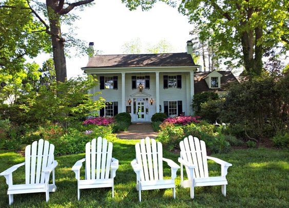 A LUXURY STAY AT THE FEARRINGTON HOUSE INN IN PITTSBORO, N.C.