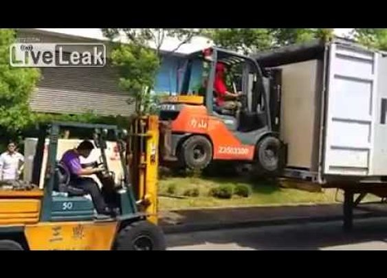 Forklift duo - YouTube