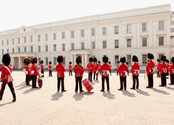 Queen's Guard Performs 'Game of Thrones' Theme Song