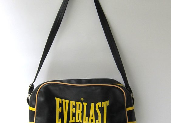 Vintage Everlast plastic sports carryall sports bag by evaelena