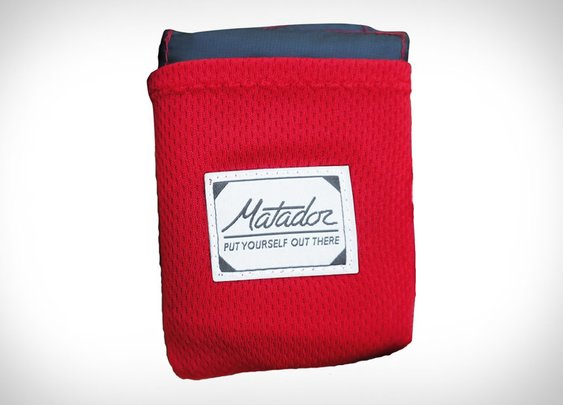 Matador Pocket Blanket | Uncrate