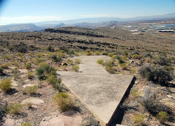 The Forgotten Giant Arrows that Guide you Across America