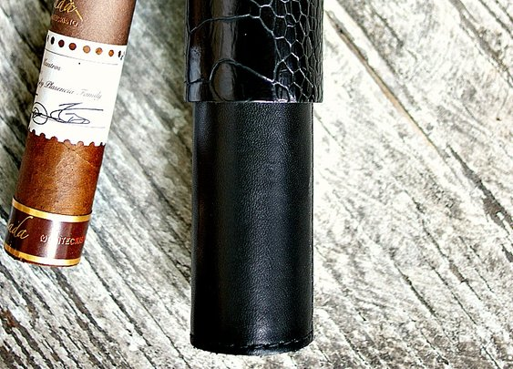 Vvego Dragon Cigar Case - Vvego http://www.vvego.com/product/vvego-dragon-cigar-case/