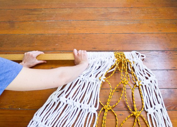 DIY Two-Tone Sail Rope Hammock