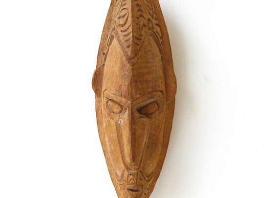 Vintage small collectable wood New guinea tribal mask by evaelena