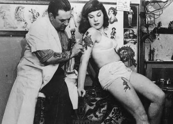 Tattoo Etiquette Do's & Don'ts