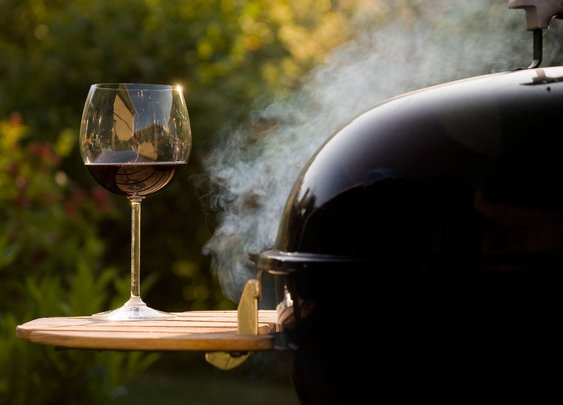 The Ultimate Backyard BBQ Wine Pairing Cheat Sheet | Serious Eats