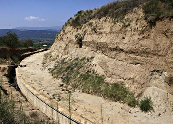 Archaeologists uncover Greece's biggest ancient tomb | Science | The Guardian