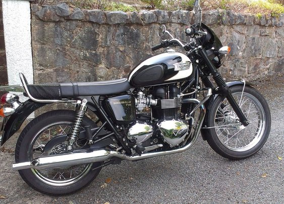 A Look at the Triumph Bonneville