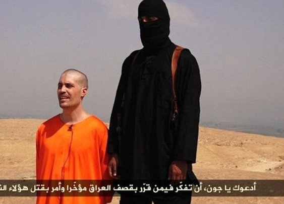 Missing US journalist James Wright Foley goes unflinching to his death as ISIS behead him in horrific video, as a warning to Obama | Mail Online