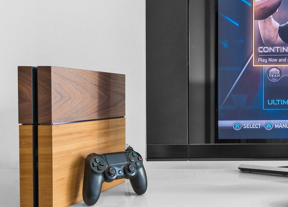 Balolo Wooden PlayStation 4 Cover