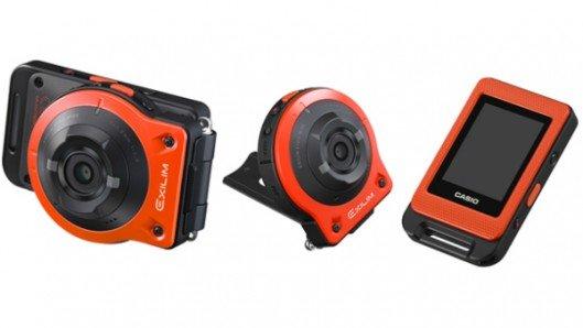 Casio Exilim EX-FR10 splits into two for remote-control photos