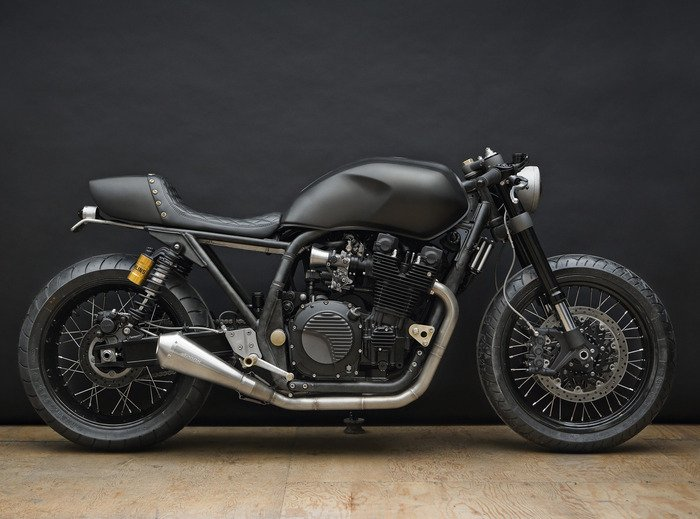 Yamaha XJR 1300 Cafe Racer Motorcycle