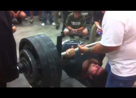 High School Senior Can Bench Press 700 Pounds Like Its No Big Deal