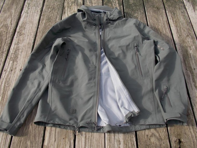 Triple Aught Design Stealth Hoodie LT Review