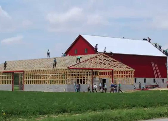Ohio Amish Barn Raising in 3 Minutes and 30 Seconds