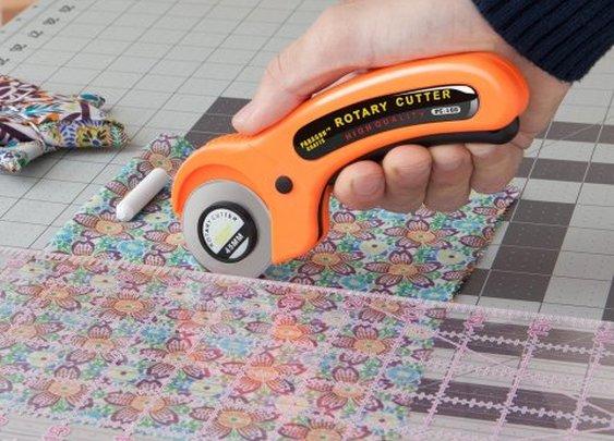 Ergonomic Rotary Cutter
