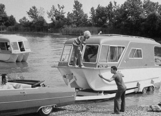 How to Back Up a Trailer | The Art of Manliness