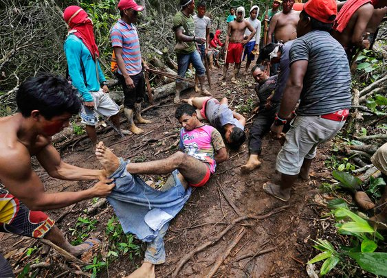 Amazon Indian warriors in territorial fight with loggers over Brazil rainforest