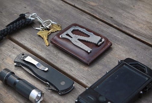 EDC Card: The Tool for Everyday People