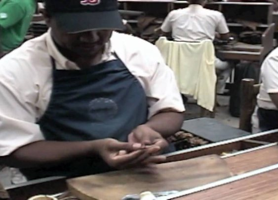 Making a Premium Hand Made Cigar - YouTube