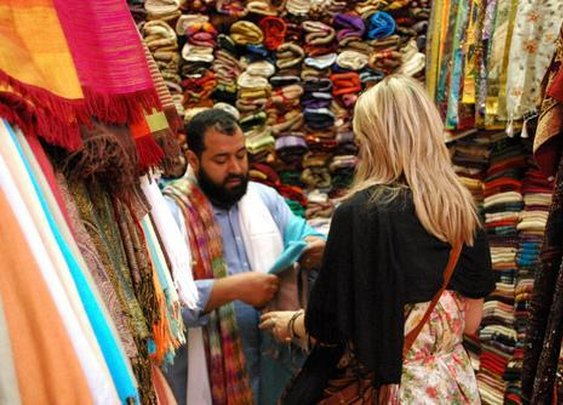 7 Jedi Mind Tricks to Help You Haggle Like a Pro Anywhere in the World