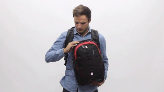 wolffepack lets you access your backpack – without taking it off