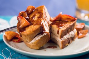 Bacon-cream-cheese-stuffed French toast