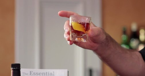 Mixology Expert Explains the Importance of Choosing Glassware According to the Specific Cocktail Being Crafted