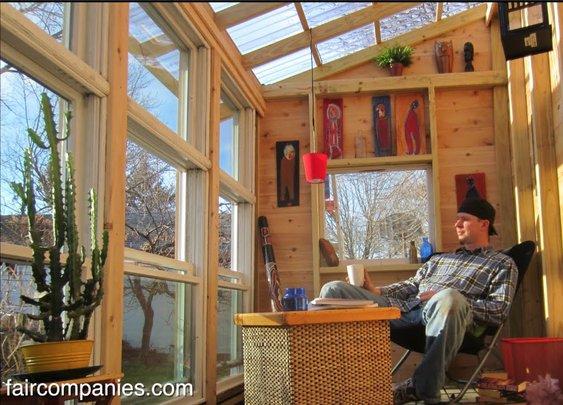 Tiny houses' polymath: tinker, lyrist, carpenter, cartoonist - YouTube