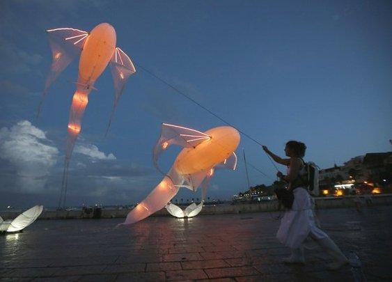 Light art installations have a festival too – Lumina 2014