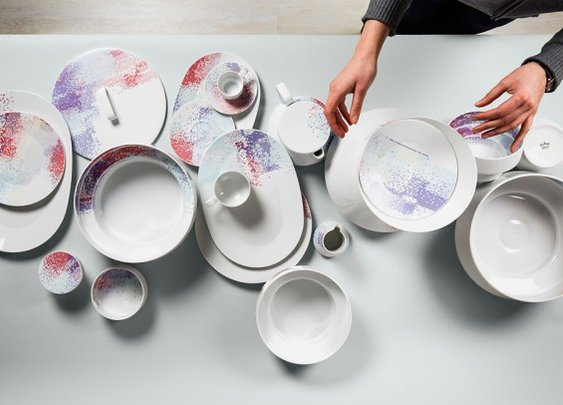Amazing artistic vessel set