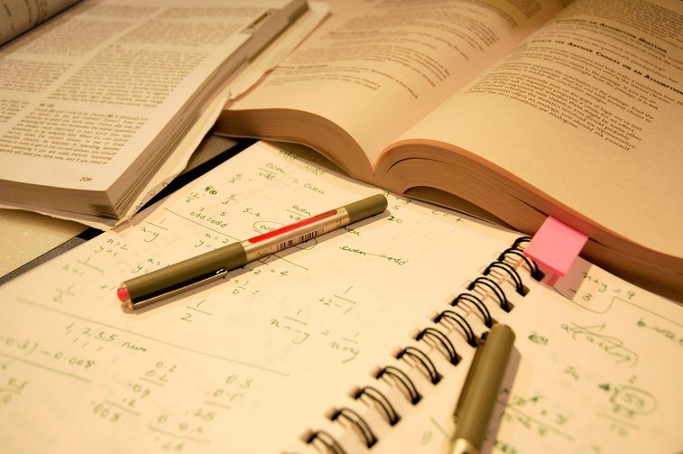 15 tricks to study more effectively - One Minute List