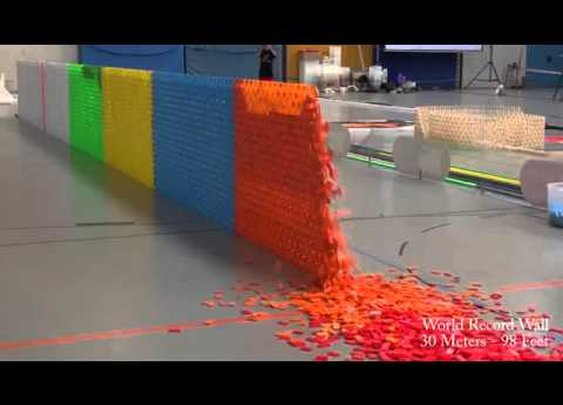 128,000 Dominoes - YouTube