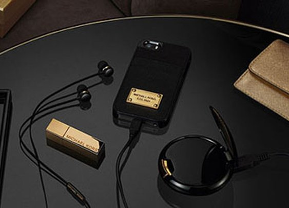 Michael Kors collaborates with Duracell on tech accessories