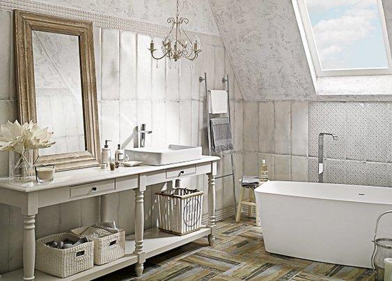 Antico /Arke - białe płytki łazienkowe inspiracją z przeszłości - Ceramika Paradyż
