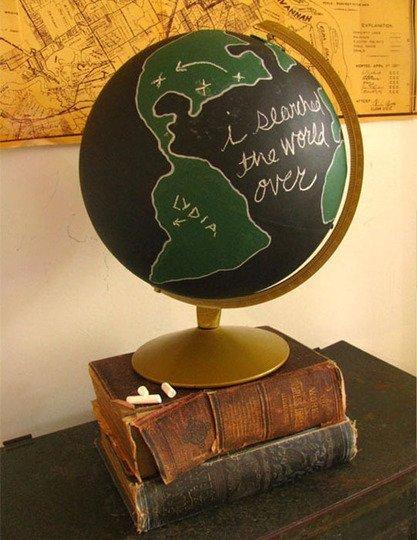 Custom Maps & Globes