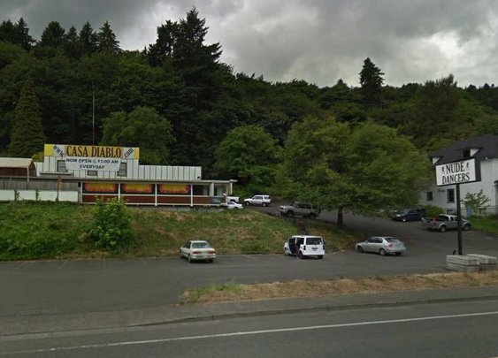 Portland Police arrest 35 in Black Friday vegan strip club riot - That Oregon Life