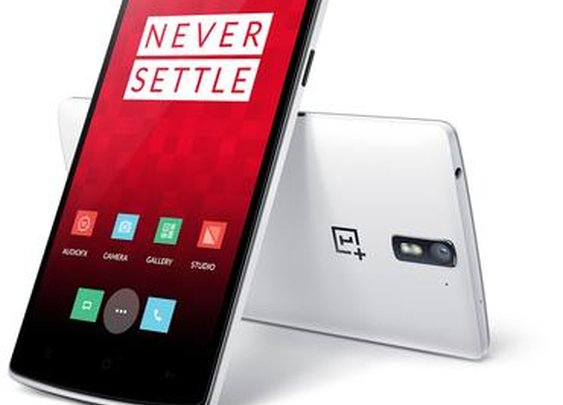 OnePlus One finally available without an invite