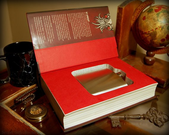 Hollow Book Safe & Flask H.P. LOVECRAFT Great by SecretSafeBooks