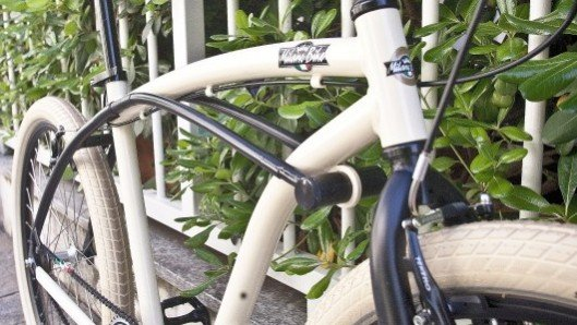 Frameblock turns a bike into its own lock