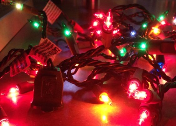 Are Christmas Lights in Series or Parallel?