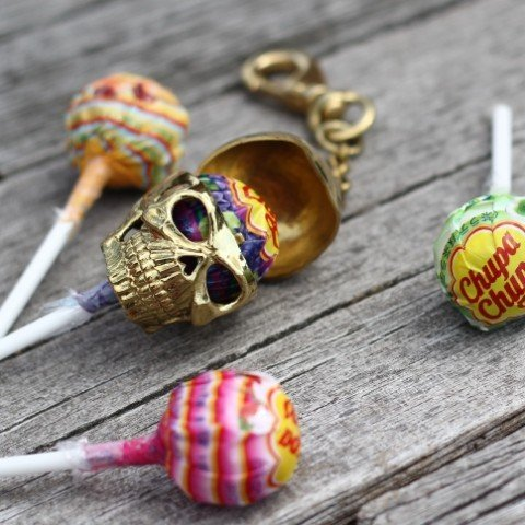 Skull Lollipop Candy Case Shows Zombies You're No Sucker