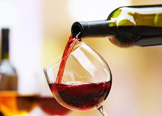 A Cool New Theory Explains Why Red Wine Is So Damned Good For You