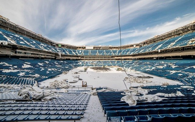 LOOK: The Pontiac Silverdome still exists, photos capture dilapidation - CBSSports.com