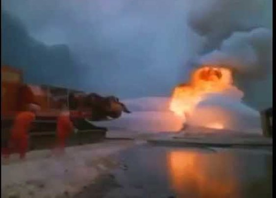 Watch A Pair Of Tank-Mounted Fighter Jet Engines Extinguish An Oil Fire