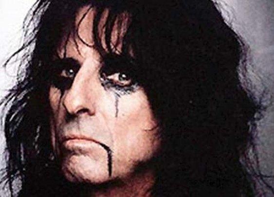 Alice Cooper, Christian: 'The World Belongs to Satan'   CNS News
