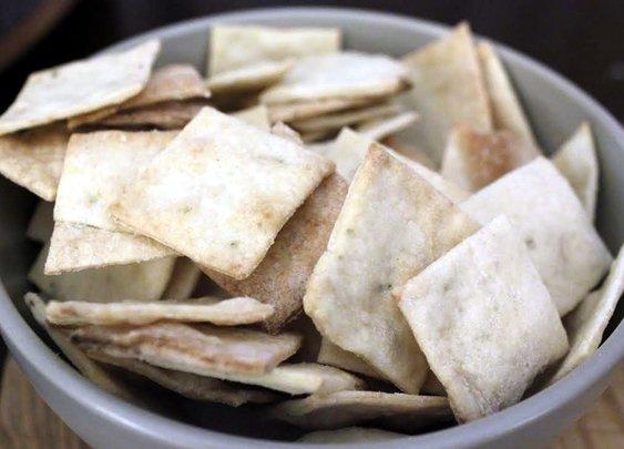 Homemade Thin Crackers - Rotio/Food
