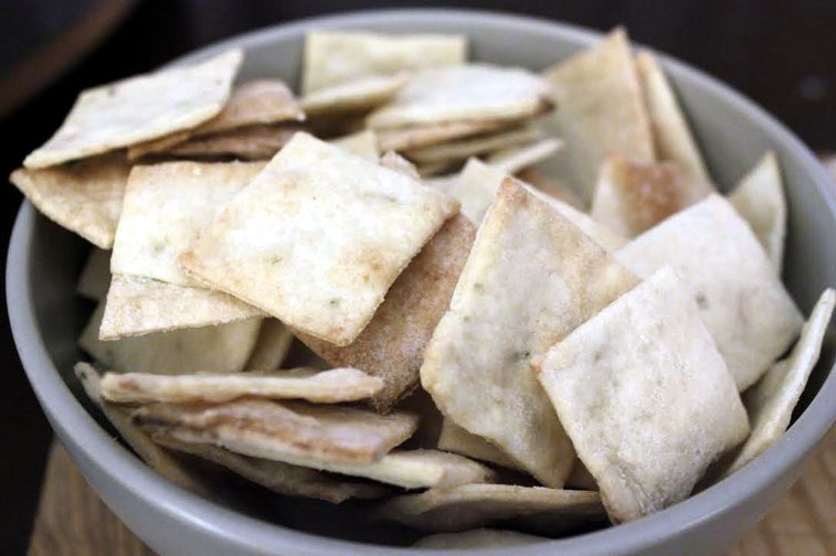 Homemade Thin Crackers - Rotio/Food