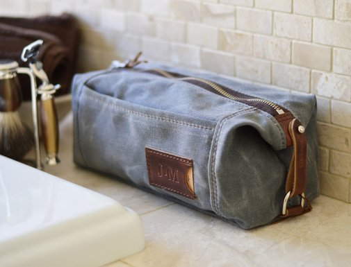NO. 349 Personalized Expandable Toiletry Dopp Kit with Leather Tag